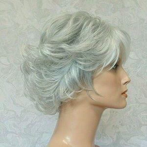 Accessories - Short Wavy Heat Resistant Silver/Grey/White Wig